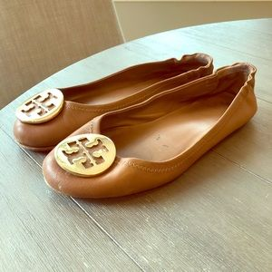 Tory Burch size 7 flats-great condition